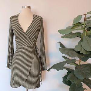 NWT Striped Mini Wrap Dress Sz S